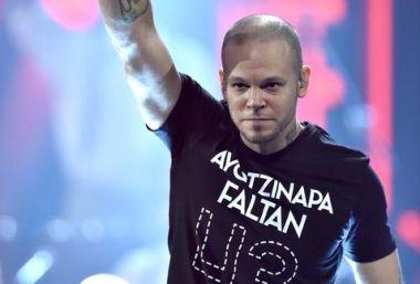 Calle_13-Calle_13_Grammy_Latino-Latin_Grammy-Ayotzinapa-Enrique_Iglesias_MILIMA20141120_0594_30