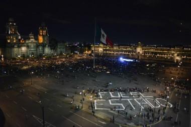 Manifestacio769n_por_Ayotzinapa-1-1024x683